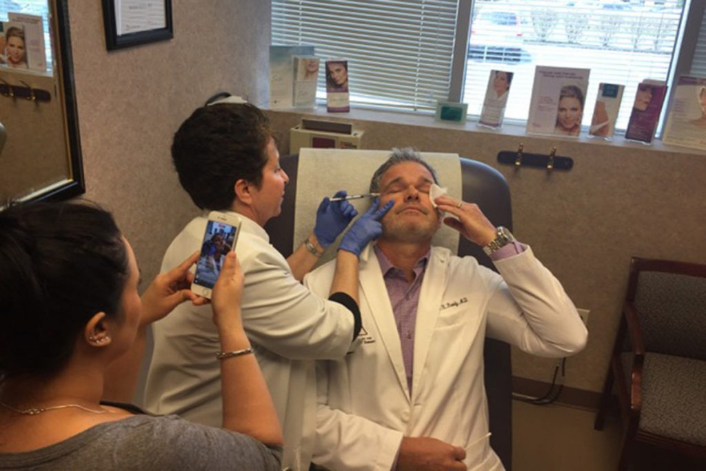 Dr. Reedy Chats with the Philadelphia Inquirer About Blasting His Fat Live on Facebook